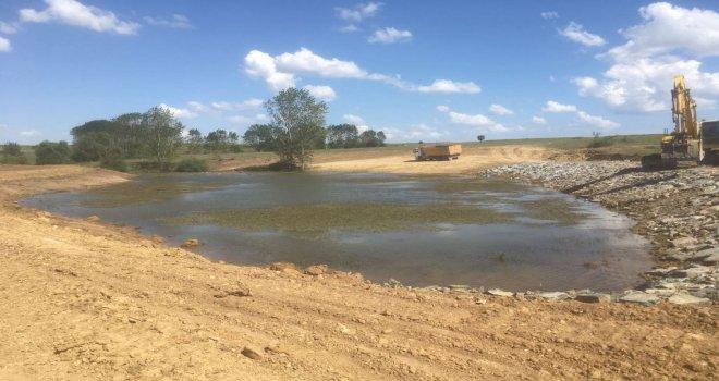 Hayvan İçme Suyu Göleti Yapım ve Onarımları Devam Ediyor
