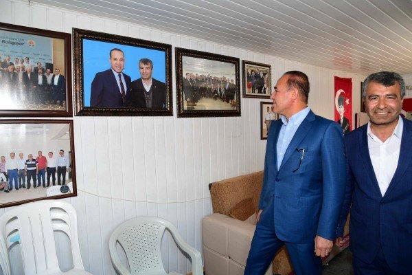 Başkan Sözlü Adana'ya Kilometrelerce Uzakta 'Milletin Efendileri' İle Bir Arada