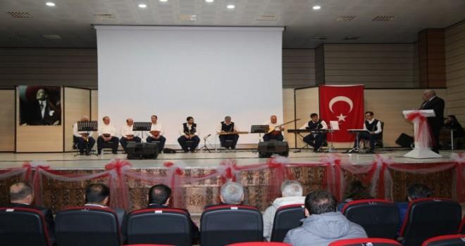 Erzincan Belediyesi Tandır Başı ekibi tarafından konser düzenlendi.