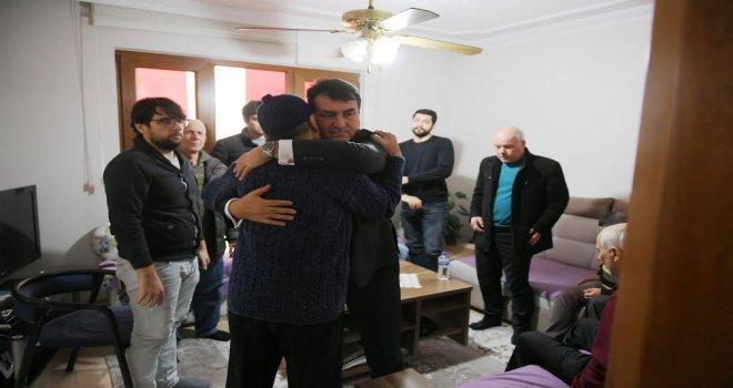Başkan Dündar Şehit Evini Ziyaret Etti