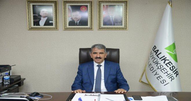 Balıkesir Büyükşehir Belediyesinde Genel Sekreter Yardımcılığı görevini sürdürürken, istifa ederek milletvekili olan Yavuz Subaşı'ndan boşalan göreve son olarak İstanbul Bağcılar Belediyesi Başkan Yar