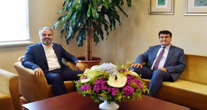 Büyükşehir Belediye Başkanı Alinur Aktaş'tan Başkan Dündar'a Ziyaret