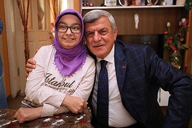 Başkan Karaosmanoğlu, ''Dertlere derman oluyoruz''