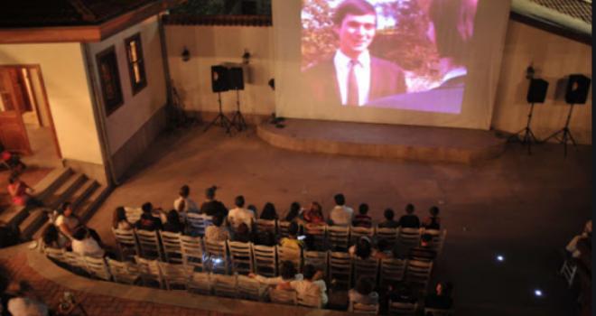 Altın Koza'nın ödüllü filmleri açık hava sinemasında
