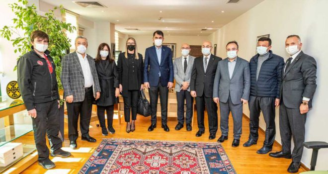 Bakan Kurum'dan Başkan Soyer'e geçmiş olsun ziyareti