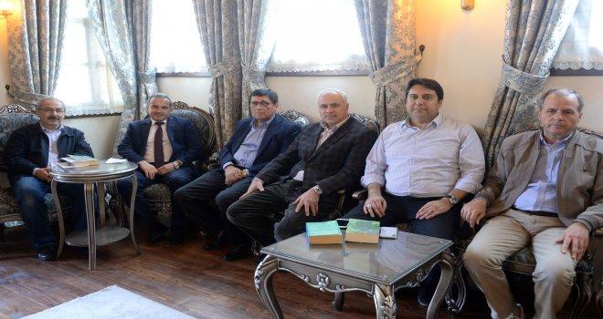 Tarihçilerin Kutbu Osmangazi'de Anlatıldı