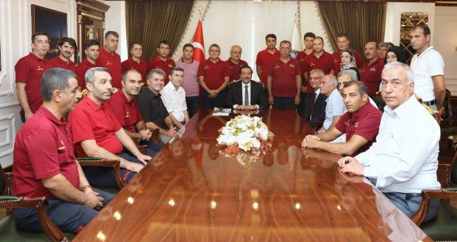 İtfaiye'den Başkan Atilla'ya ziyaret
