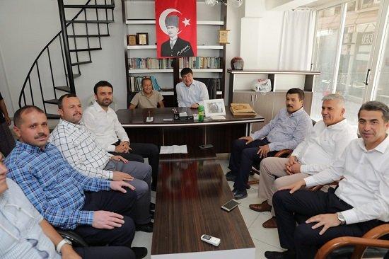 Başkan Türel'den eski futbolcu Eren'e ziyaret