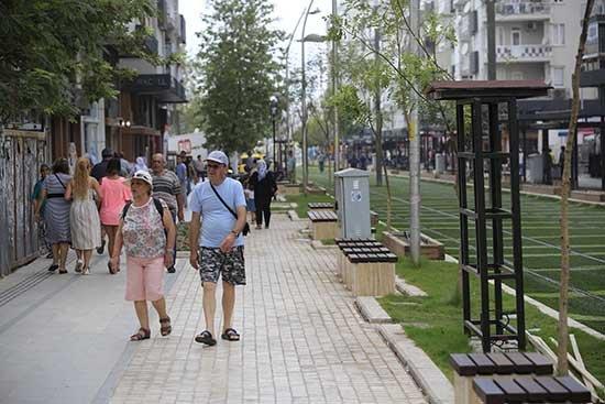 Ali Çetinkaya Caddesi açılışa hazır