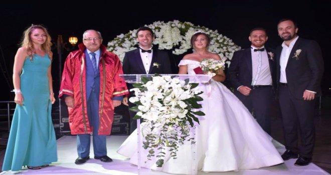 Başkan Albayrak Ekrem Mert ve Kseniya Çiftinin Düğün Törenine Katıldı