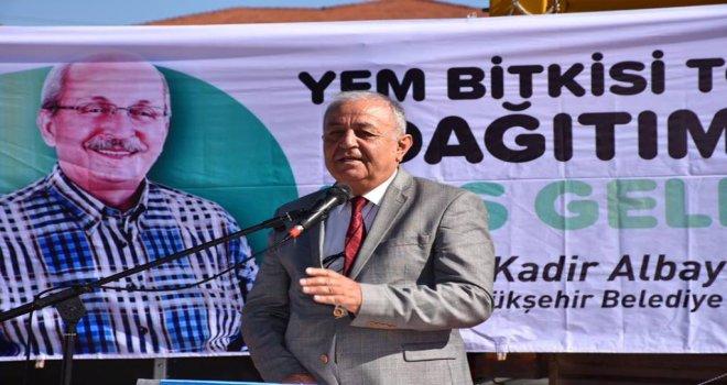 Tekirdağ Büyükşehir Belediyesi'nden Çiftçilere Yem Bitkisi Tohumu Desteği
