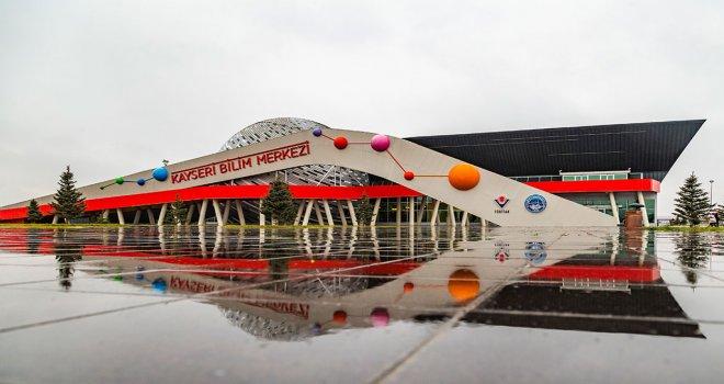 Kayseri Bilim Merkezi'ne Bir  Haftada 10 Bin Ziyaretçi