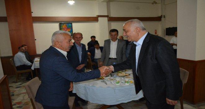 Belediye Başkanımız İrfan Tatlıoğlu, muhtarlarımız ve mahalle dernek başkanlarıyla bir araya geldi.
