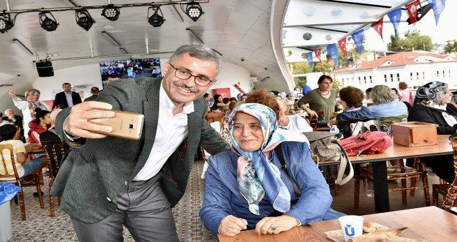 VALİDE SULTAN GEMİSİ'NDE BOĞAZ TURLARI DEVAM EDİYOR
