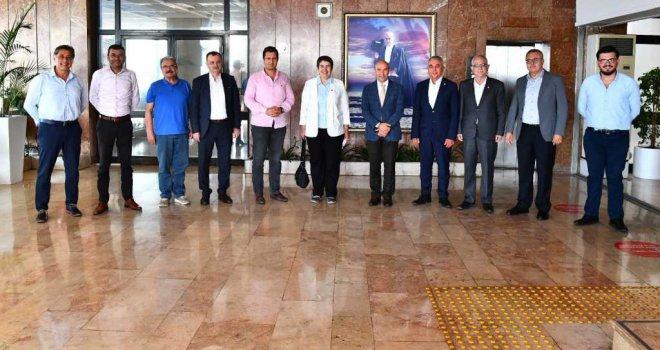 CHP'nin Ege İl Başkanları Başkan Soyer'i ziyaret etti