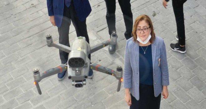 UYARI DRONELARI GAZİANTEP CADDELERİNDE