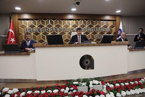 Büyükşehir'de yeni yılın ilk meclisi yapıldı