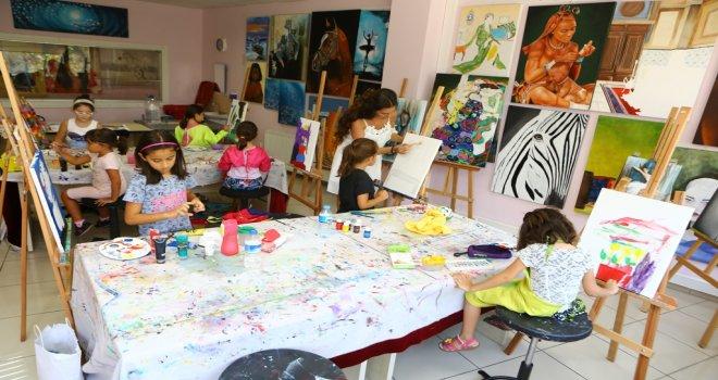 Sanat Atölyeleri'nde 700 kişi eğitim aldı