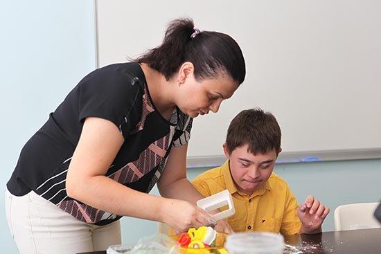 Engelli Çocuklar Yaz Spor Okulu'nda Yeteneklerini Geliştiriyor