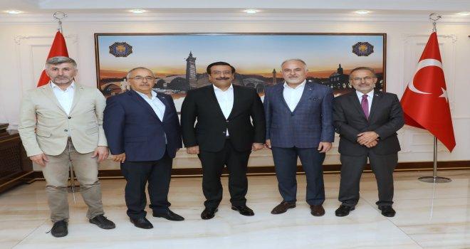 Kızılay'dan Başkan Atilla'ya ziyaret