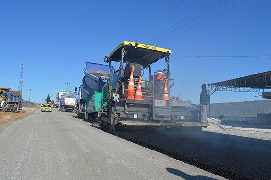 Aksu Karaçallı-Kemerağzı grup yolu sıcak asfalta kavuşuyor