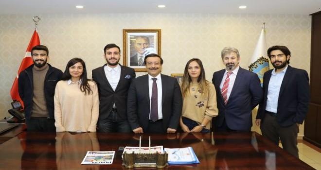 Üniversite öğrencilerinden Başkan Atilla'ya ziyaret