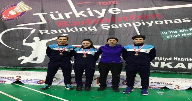 Badminton'da Osmangazi Damgası