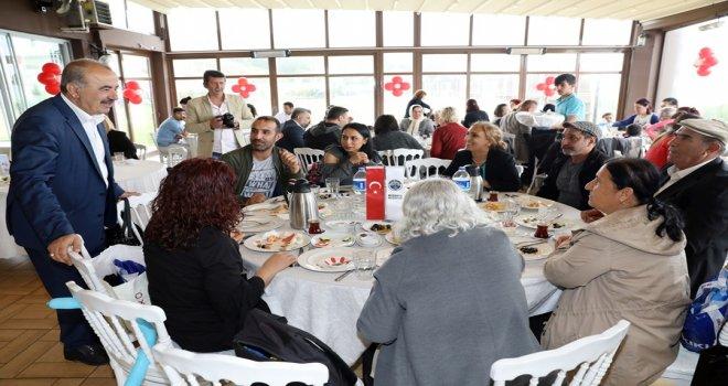 Agah Bursalı Kreşi'nden Anneler Günü özel etkinliği