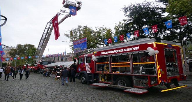 Büyükşehir Belediyesi, itfaiye teşkilatını halka tanıttı