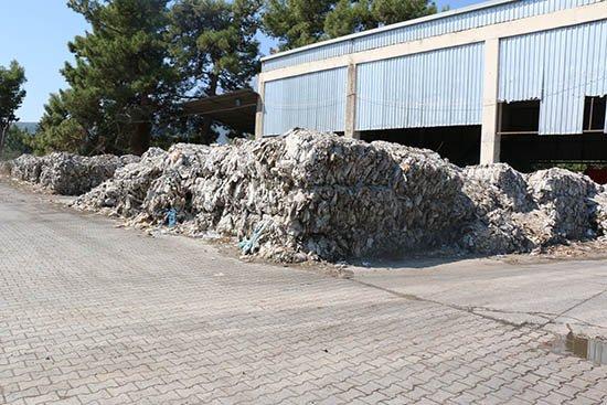 İlçelerin çöpleri özel tırlarla taşınıyor