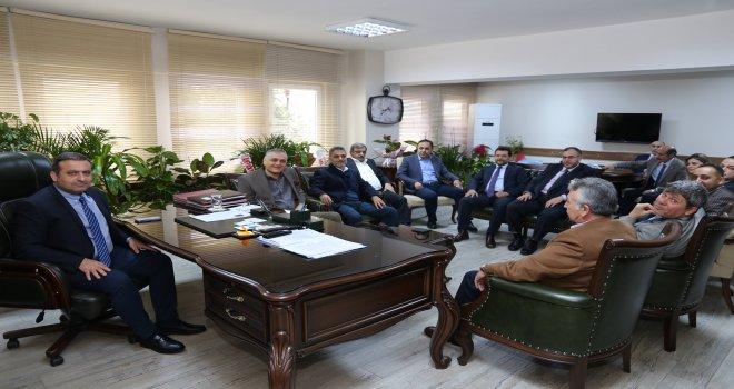 İŞ İNSANLARI TAZEASLAN'I ZİYARET ETTİ