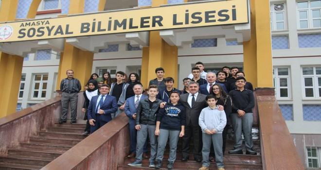 Belediye Başkanı Özdemir'in Okul Ziyaretleri Devam Ediyor