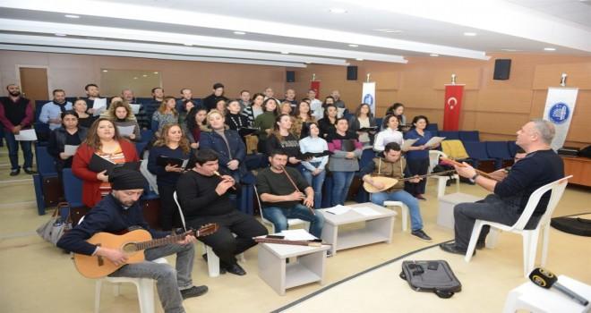Belediye Gençlik Korosu çalışmalarını sürdürüyor