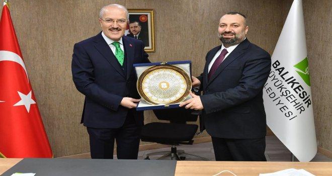 Balıkesir Büyükşehir'de Yeni Genel Sekreter Mustafa Küçükkapdan Oldu.